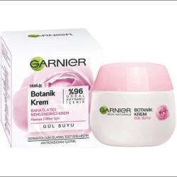 کرم مرطوب کننده گل رز گارنیر Garnier Botanic Cream